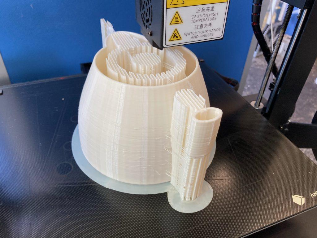 3Dプリンター造形中